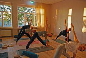 Yoga Stunde Willich Gruppe